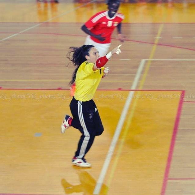 Defender e marcar golo da sua baliza eis… Ana Catarina!