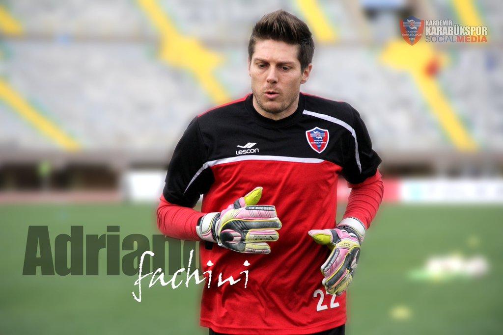 Adriano Fachini faz história na Turquia!