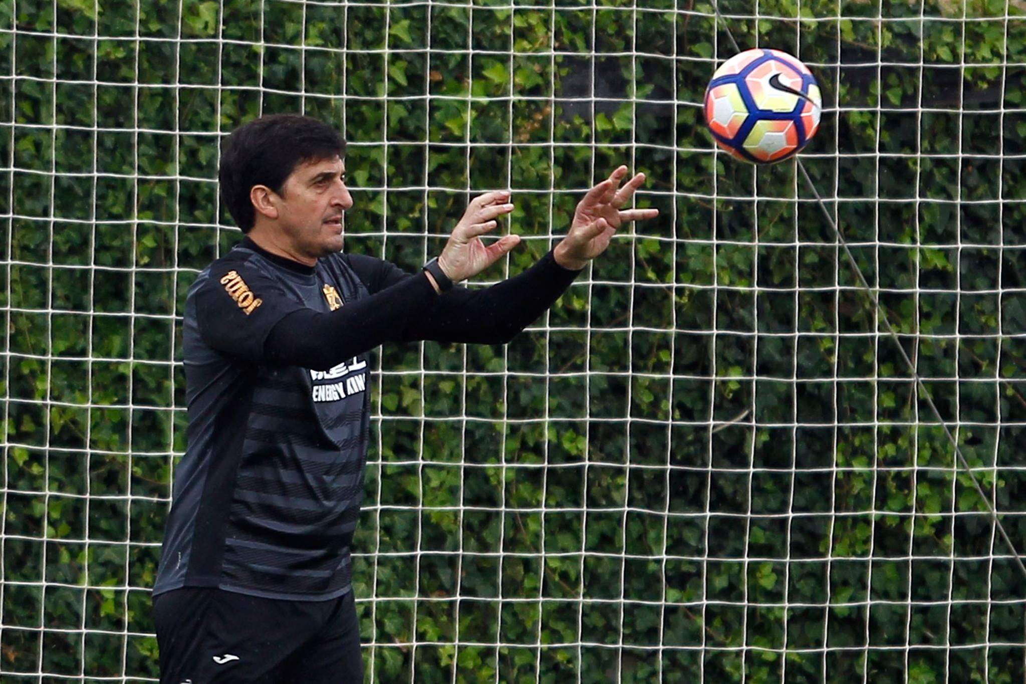 Roberto Navajas é o novo treinador de GR do Granada!