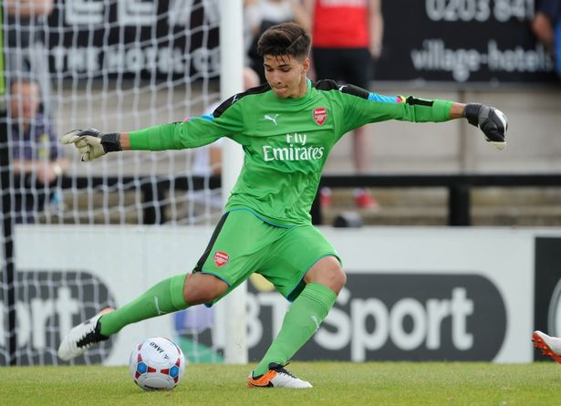Contrato profissional para Virgínia no Arsenal!
