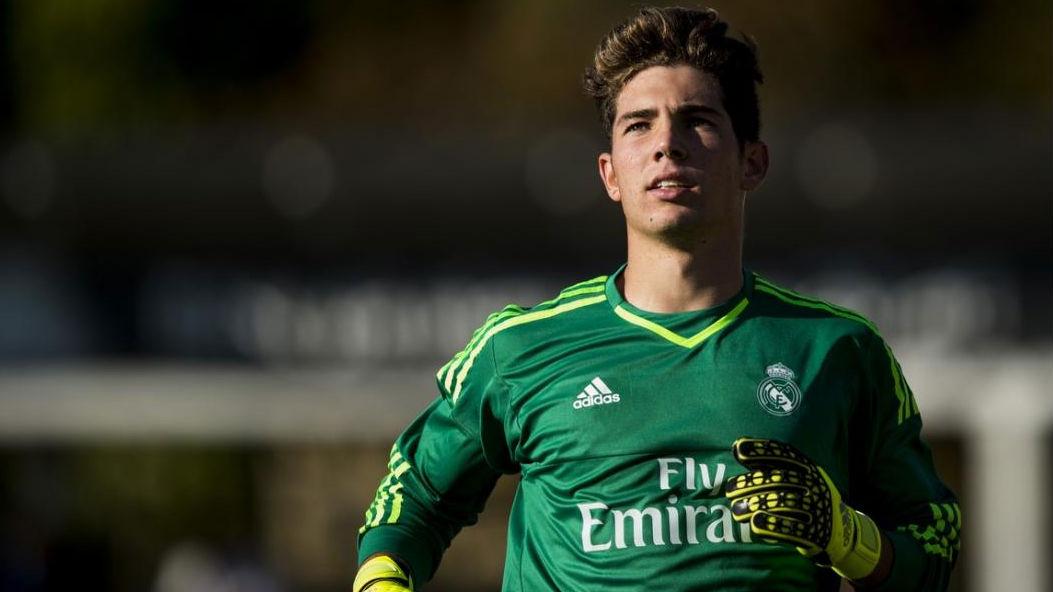 Zidane, está na altura de saíres dos braços do teu pai