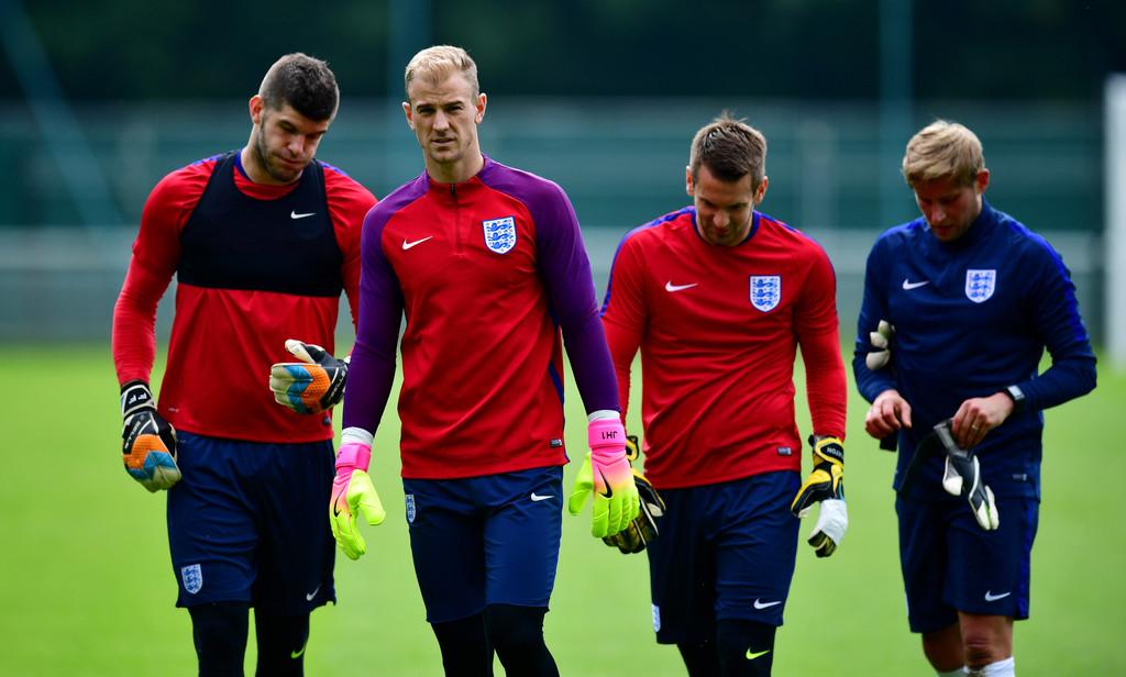 Como é um treino de GR de Inglaterra A e sub21? (video)