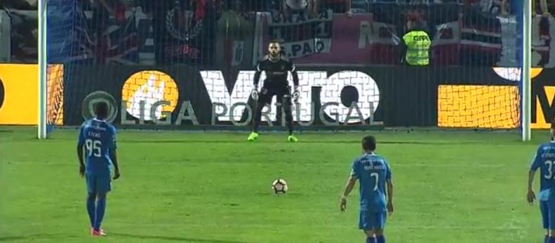 Mais um penalty defendido por Marafona que garante vitória… (video)