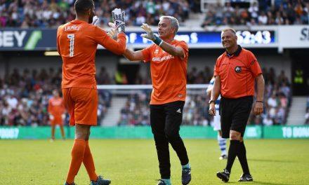 José Mourinho foi à baliza. Sim, é verdade (video)