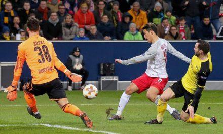 Defesas e defesas. Um Burki (show) na Arena de Salzburgo na eliminação europeia do Dortmund! (video)