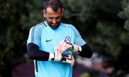 Eduardo (ex-Chelsea) está livre para assinar por qualquer clube. Qual o futuro?