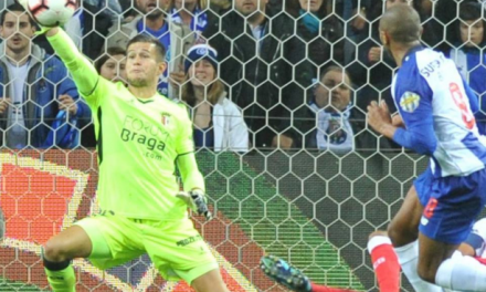 Um estádio quase inteiro já gritava golo… mas Tiago Sá evitou com uma grande defesa! (VIDEO)