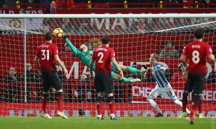 """A incrível defesa de De Gea vs Huddersfield, em pleno """"Boxing Day"""" (VIDEO)"""