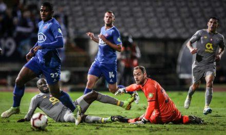 """""""Bem-vindo de volta"""", Mika! Que exibição brutal contra o FC Porto na Taça da Liga! (VIDEO)"""