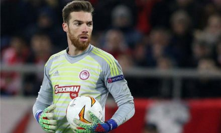 A confiança, a agilidade, a capacidade atlética e talento de José Sá no Olympiakos a decidir! (VIDEO)