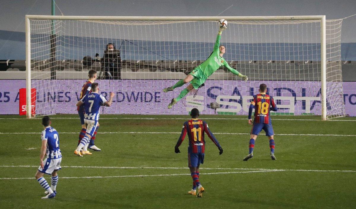 """Exibição """"à melhor do mundo"""" de Ter-Stegen para chegar à final da Supertaça Espanha. Em 120′ até aos penaltis onde foi herói! (VIDEO)"""