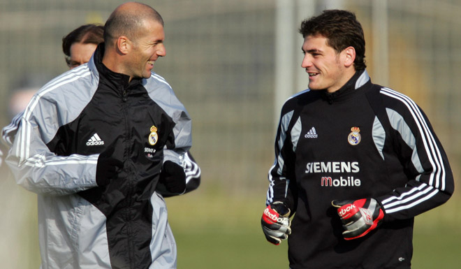 Zidane chama por Casillas… e ele?