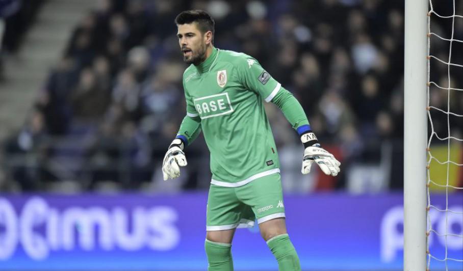Valdés vence título contra Preud'Homme!