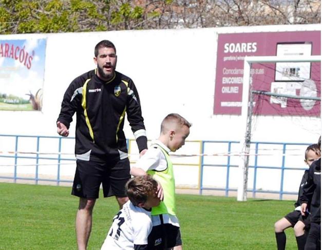 Jovem treinador assume treino específico no Farense!