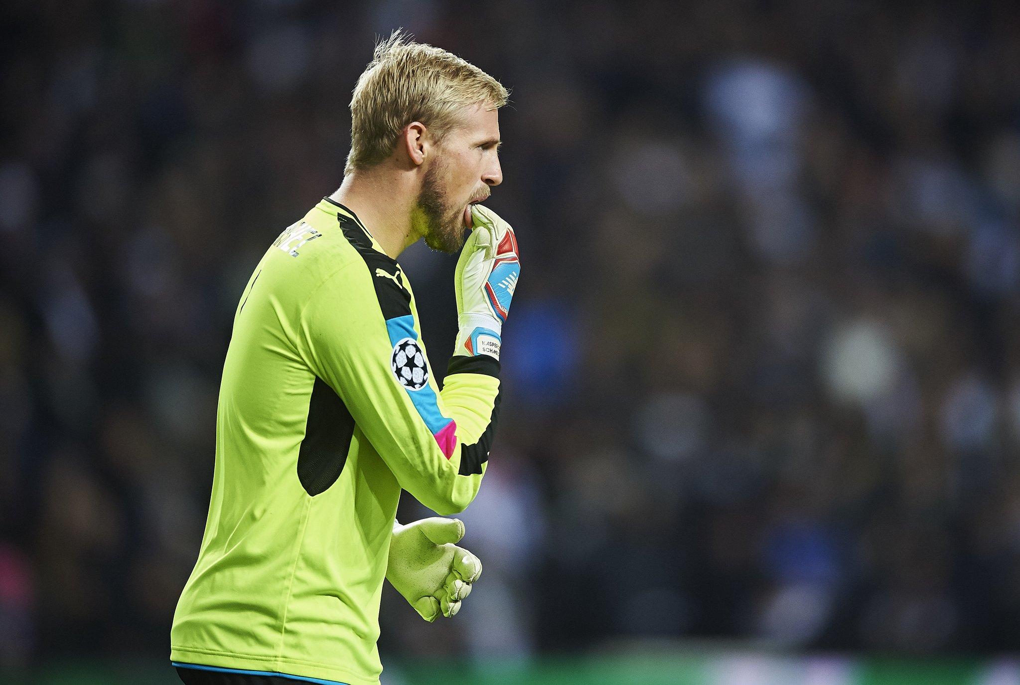 Kasper Schmeichel pára 6 semanas por lesão