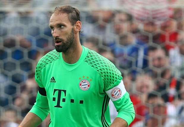 """Tom Starke não jogava desde 2014 e hoje """"salva"""" Bayern Munique (video)"""