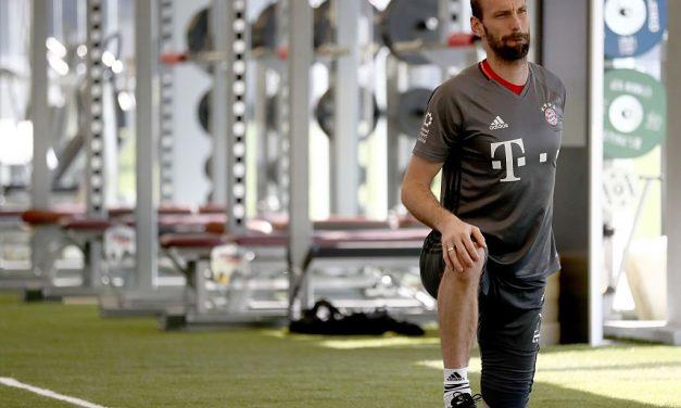 Starke volta da reforma para render Neuer!