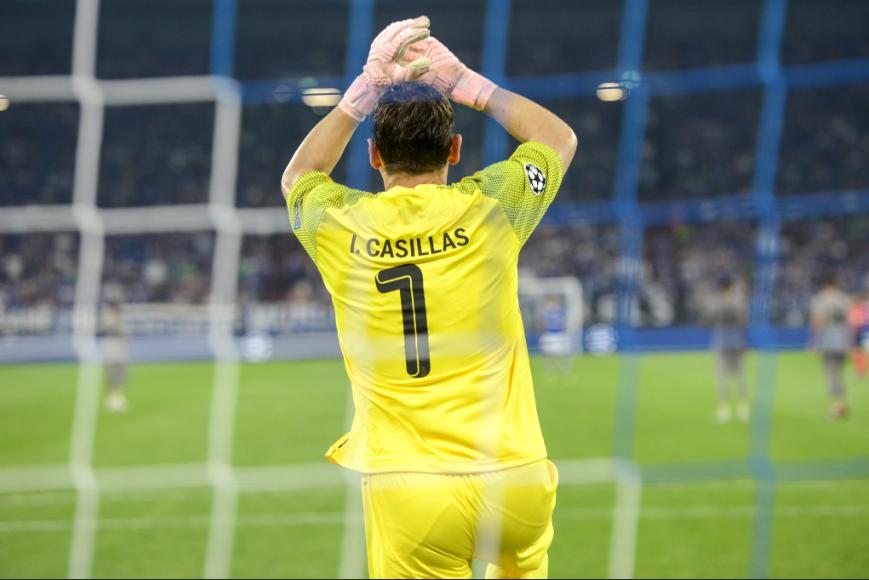 """É oficial: Iker Casillas é o """"pai"""" da Champions… não há ninguém com mais jogos!"""