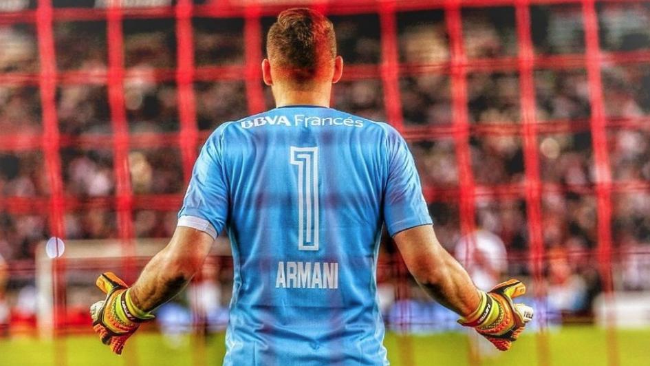 Defender assim na Libertadores? Armani leva ao desespero qualquer avançado contrário! (VIDEO)