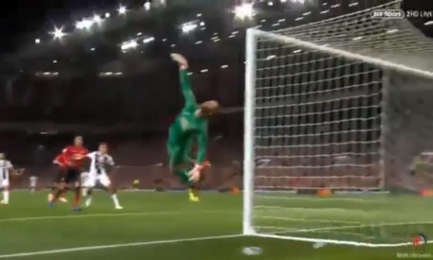 Cristiano Ronaldo queria ser feliz em Old Trafford a marcar… mas De Gea impediu! (VIDEO)