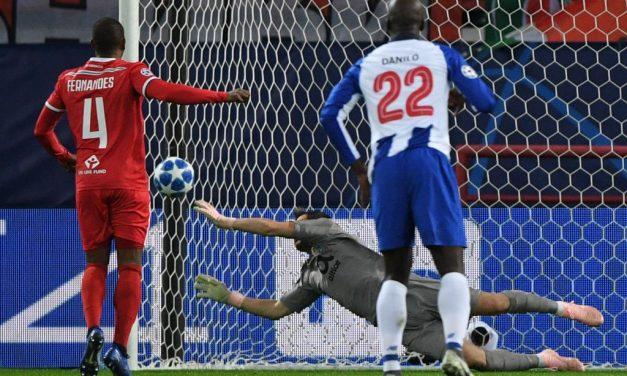 """""""San"""" Iker Casillas – do estudo do histórico de penaltis à defesa incrível em noite europeia. (VIDEO)"""