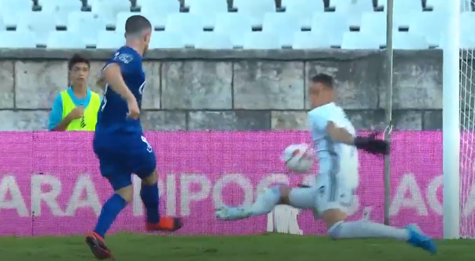 Odysseas continua sem sofrer golos em 19/20… e fez uma grande defesa para inspirar à vitória! (VIDEO)