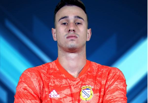Do físico e confiança se faz crescer um jovem na Taça! João Victor vs Sporting CP (VIDEO)