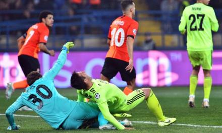 O penalti surreal que Pyatov fez em jogo na Champions… (VIDEO)