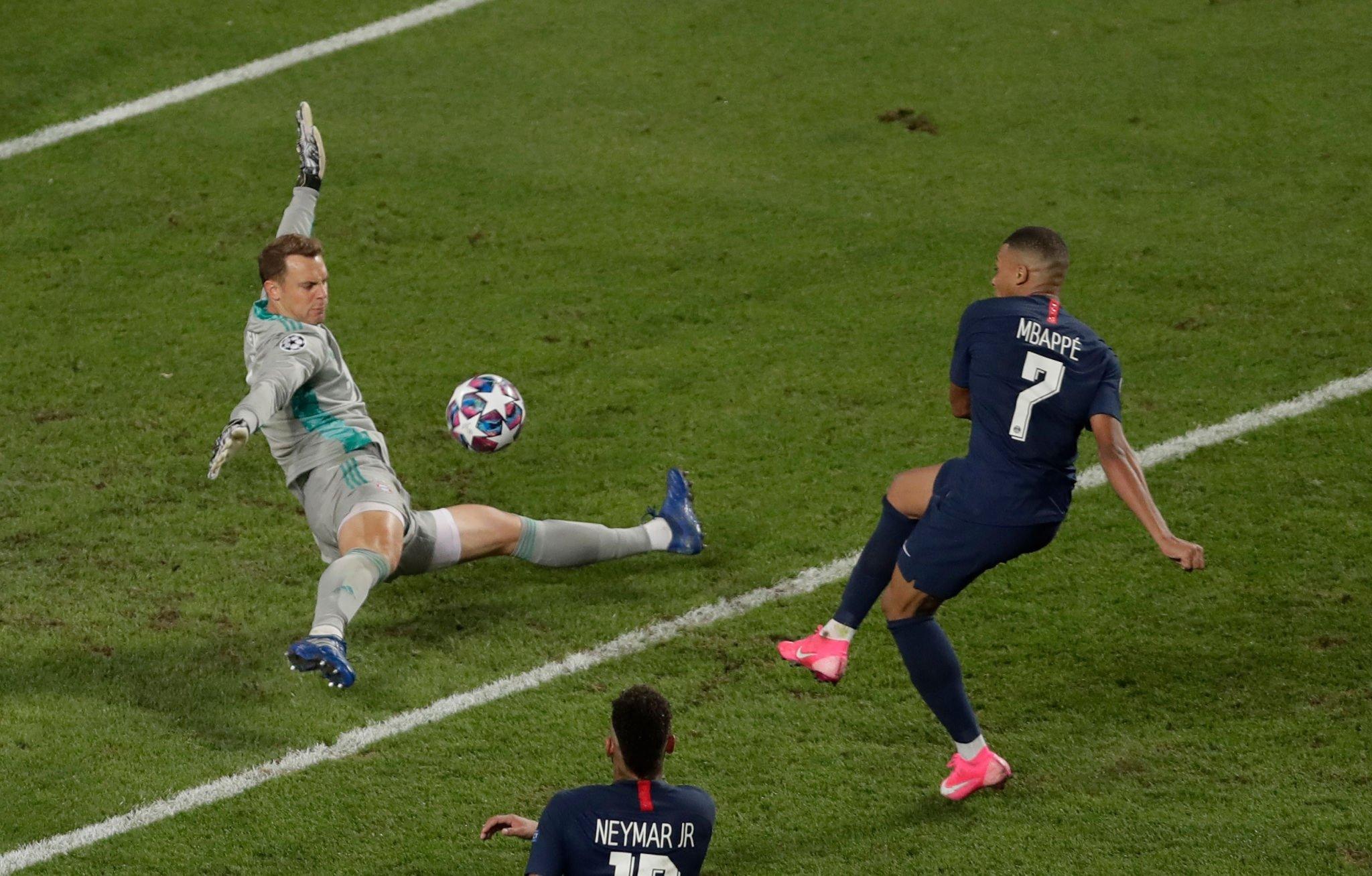 O melhor Manuel Neuer aparece nos grandes momentos. O homem da final europeia!